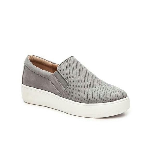 682a1c25854 Steve Madden Genette Platform Sneakers. M 5b60c6c9cdc7f7725200dc7c